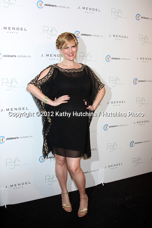 LOS ANGELES - OCT 17:  Sara Rue arrives at  3rd Annual Autumn Party with designer J Mendel at The London West Hollywood on October 17, 2012 in West Hollywood, CA