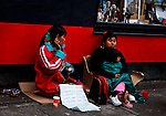 A women beg for money in a street in Bogota, Colombia. 29/02/2012.  Photo by Eduardo Munoz Alvarez / VIEWpress.