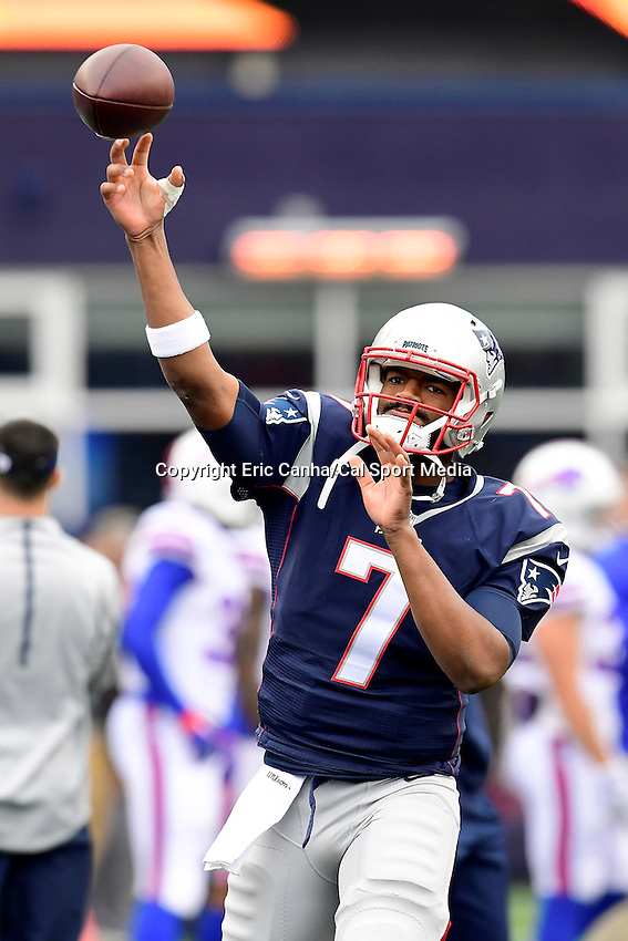 Sunday, October 2, 2016: New England Patriots quarterback Jacoby Brissett (7) warms up for the NFL game between the Buffalo Bills and the New England Patriots held at Gillette Stadium in Foxborough Massachusetts. Buffalo defeats New England 16-0. Eric Canha/Cal Sport Media