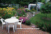 63821-02115 Patio and flower garden     IL