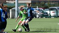 Zulte C - Club Brugge B : Dames Club Brugge B kampioen in 1ste provinciale met een duel tussen Ina Maertens (rechts) en Marith Decabooter (links)<br /> Foto David Catry | Sportpix.be