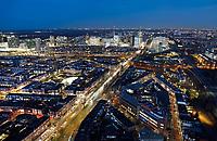 Nederland - Den Haag-  2018.   Den Haag bij avond. Links de Noordzee .  Foto Berlinda van Dam / Hollandse Hoogte