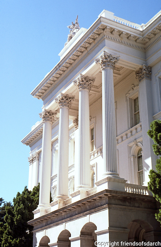 Sacramento CA: State Capitol, South Porch.