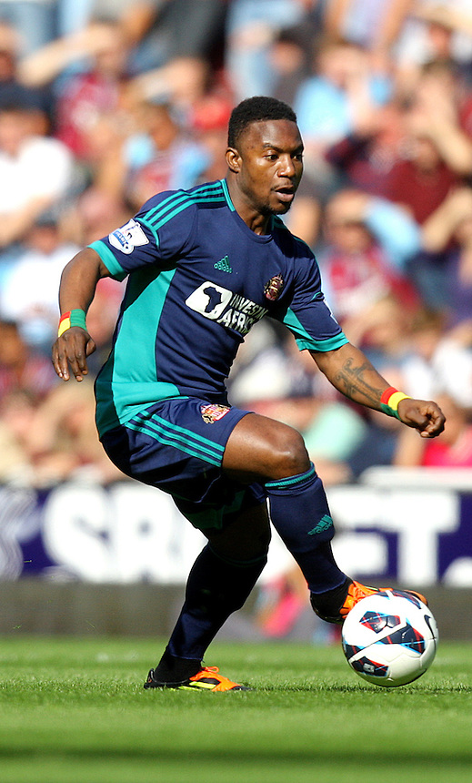 Sunderland's Stéphane Sessegnon ..Football - Barclays Premiership - West Ham United v Sunderland - Saturday 22nd September 2012 - Boleyn Ground - London..