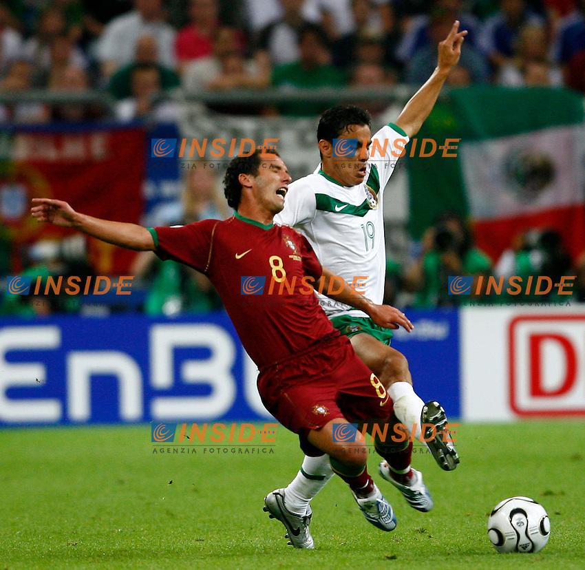Gelsenkirchen 21/6/2006 World Cup 2006.Portogallo Messico 2/1.Photo Andrea Staccioli Insidefoto.Pavel Pardo Messico Petit Portogallo