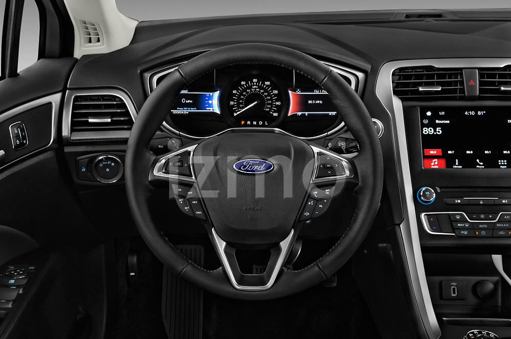Car pictures of steering wheel view of a 2018 Ford Fusion SE 4 Door Sedan
