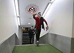 Aaron Ramsdale of Sheffield Utd during the English League One match at Bramall Lane Stadium, Sheffield. Picture date: November 29th, 2016. Pic Simon Bellis/Sportimage