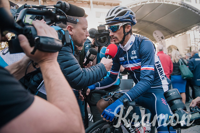 1 of the pre-race favourites; Julian Alaphilippe (FRA/Quick Step Floors) interviewed at the race start<br /> <br /> MEN ELITE ROAD RACE<br /> Kufstein to Innsbruck: 258.5 km<br /> <br /> UCI 2018 Road World Championships<br /> Innsbruck - Tirol / Austria