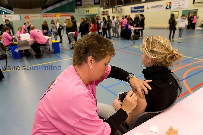 HPV vaccination clinic, Netherlands