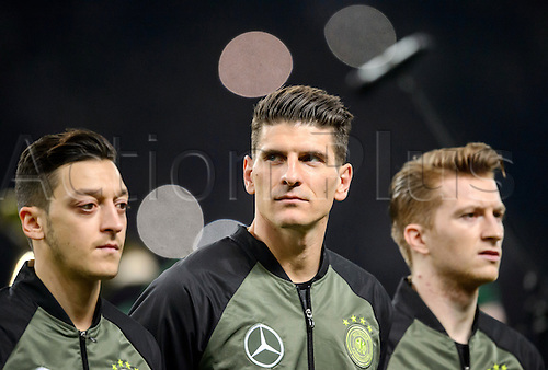 26.03.2016. Olympiastadion Berlin, Berlin, Germany.  Germany's Mesut Oezil (L-R), Mario Gomez and Marco Reus prior to the international friendly soccer match between Germany and England at the Olympiastadion