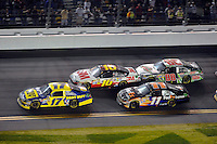 Matt Kenseth (#17) leads Greg Biffle (#16), Denny Hamlin (#11) and Dale Earnhardt,Jr. (#88).