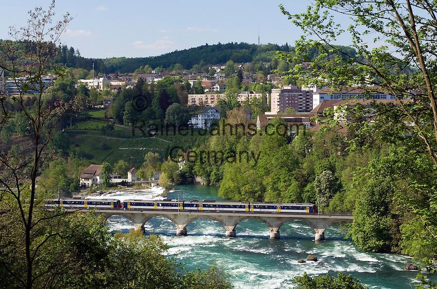 CHE, Schweiz, Kanton Schaffhausen, Neuhausen am Rheinfall, groesster Wasserfalls Europas, bei Schaffhausen | CHE, Switzerland, Canton Schaffhausen, Neuhausen at Rhine Falls,