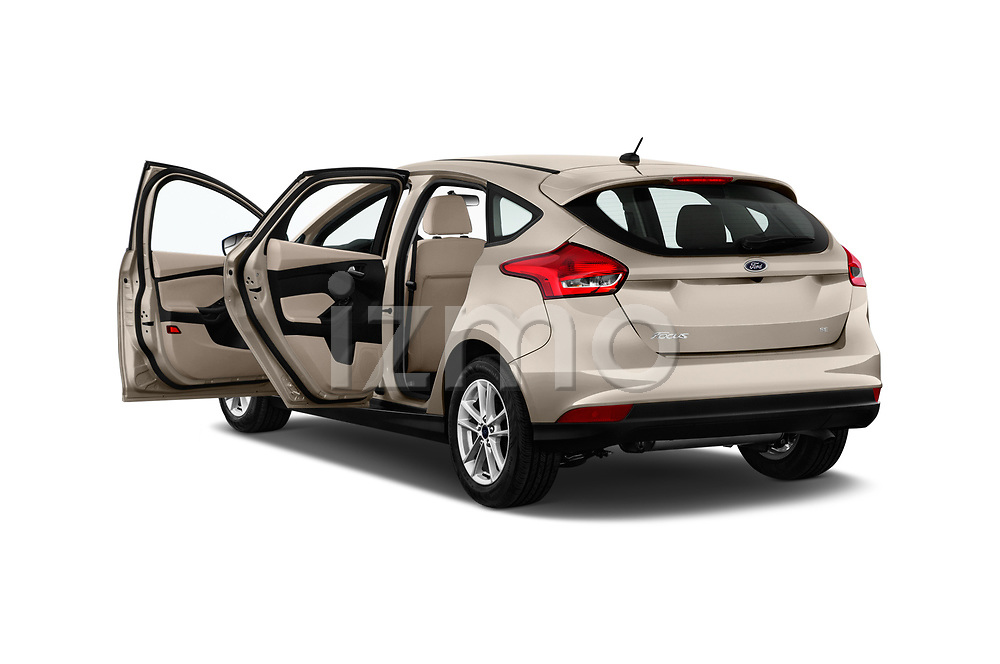 Car images of 2018 Ford Focus SE 5 Door Hatchback Doors