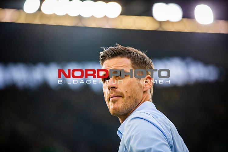 09.08.2019, Merkur Spiel-Arena, Düsseldorf, GER, DFB Pokal, 1. Hauptrunde, KFC Uerdingen vs Borussia Dortmund , DFB REGULATIONS PROHIBIT ANY USE OF PHOTOGRAPHS AS IMAGE SEQUENCES AND/OR QUASI-VIDEO<br /> <br /> im Bild   picture shows:<br /> Sebastian Kehl (Leiter Lizenzspieler-Abteilung BVB) vor dem Spiel, <br /> <br /> Foto © nordphoto / Rauch