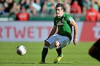 FUSSBALL   1. BUNDESLIGA   SAISON 2013/2014   7. SPIELTAG SV Werder Bremen - 1. FC Nuernberg                    29.09.2013 Zlatko Junuzovic (SV Werder Bremen)  Einzelaktion am Ball