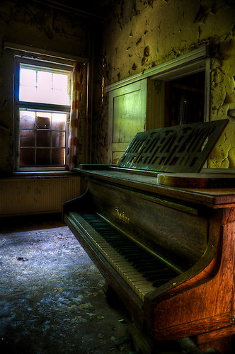Old tune on an old piano. Found in a abandoned sanatorium near Berlin. East Germany