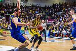 Elgin COOK (#23 MHP Riesen Ludwigsburg) \Philipp SCHWETHELM (#33 EWE Baskets Oldenburg) \Rasid MAHALBASIC (#24 EWE Baskets Oldenburg) \ beim Spiel, MHP RIESEN Ludwigsburg - EWE Baskets Oldenburg.<br /> <br /> Foto &copy; PIX-Sportfotos *** Foto ist honorarpflichtig! *** Auf Anfrage in hoeherer Qualitaet/Aufloesung. Belegexemplar erbeten. Veroeffentlichung ausschliesslich fuer journalistisch-publizistische Zwecke. For editorial use only.
