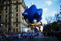 USA, New York, Nov 28, 2013. A Sonic the Hedgehog float march while people take part in the 87th Macy's Thanksgiving Day Parade in New York City. Photo by VIEWpress/Eduardo Munoz Alvarez
