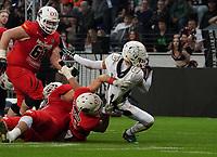 S Zac Goran (Schwäbisch Hall Unicorns) wird nach seiner Interception gestoppt - 12.10.2019: German Bowl XLI Braunschweig Lions vs. Schwäbisch Hall Unicorns, Commerzbank Arena Frankfurt