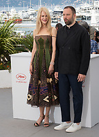 Nicole Kidman &amp; Yorgos Lanthimos at the photocall for &quot;The Killing of a Sacred Deer&quot; at the 70th Festival de Cannes, Cannes, France. 22 May 2017<br /> Picture: Paul Smith/Featureflash/SilverHub 0208 004 5359 sales@silverhubmedia.com