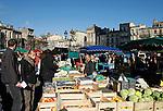20080202 - France - Aquitaine - Bordeaux<br /> LE MARCHE SAINT-MICHEL, PLACE SAINT-MICHEL A BORDEAUX.<br /> Ref : MARCHE_007.jpg - © Philippe Noisette.