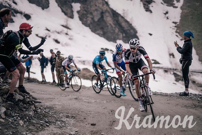 Tom Dumoulin (NED/Sunweb) up the gravel roads of the Colle delle Finestre <br /> <br /> stage 19: Venaria Reale - Bardonecchia (184km)<br /> 101th Giro d'Italia 2018