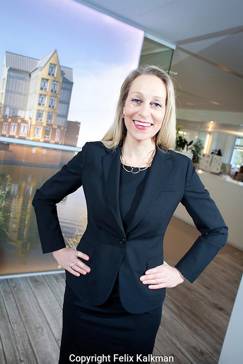 Hoevelaken/Laren, 29 maart 2011.Diana de Jong.Directeur Gebiedsontwikkeling Bouwfonds.Foto Felix Kalkman