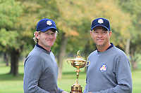 Brandt Snedeker with Captain Davis Love III at the USA Team photo shoot during Monday's Practice Day of the 39th Ryder Cup at Medinah Country Club, Chicago, Illinois 25th September 2012 (Photo Eoin Clarke/www.golffile.ie)