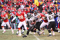 Jacksonville Jaguars running back Maurice Jones-Drew runs for ten yards on this play in the second quarter at Arrowhead Stadium in Kansas City, Missouri on December 31, 2006. The Chiefs won 35-30.
