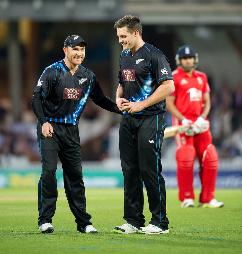 New Zealand's Brendon McCullum encourages Mitchell McClenaghan<br /> <br />  (Photo by Ashley Western/CameraSport) <br /> <br /> International Cricket - NatWest International T20 Series - England v New  Zealand - Tuesday 25th June 2013 - The Kia Oval, London <br /> <br />  &copy; CameraSport - 43 Linden Ave. Countesthorpe. Leicester. England. LE8 5PG - Tel: +44 (0) 116 277 4147 - admin@camerasport.com - www.camerasport.com