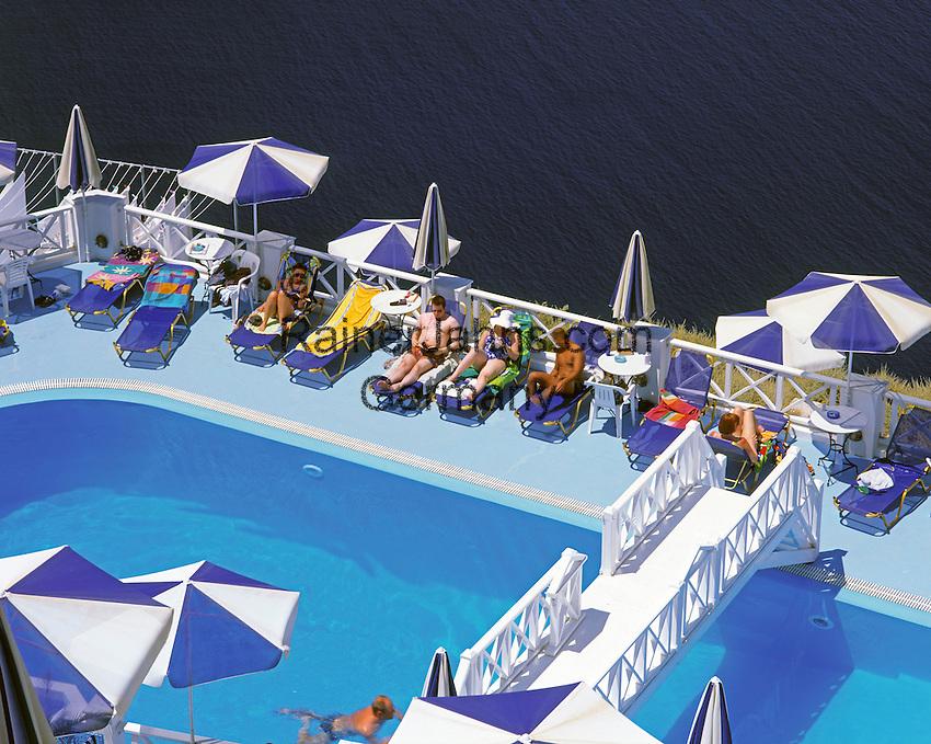 Greece; Cyclades; Santorini; Fira (Thira): Swimming Pool above ther Caldera