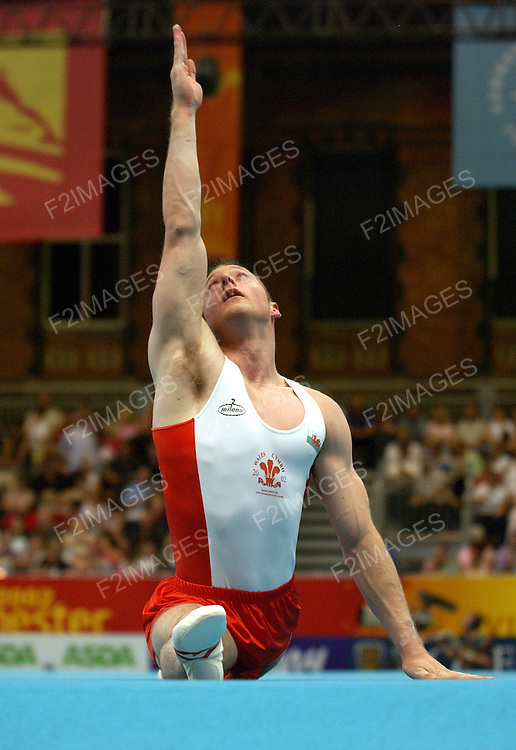 Commonwealth Games Manchester 2002.Mens  and Womens Artistic Gymnastics.Mens Team FinalsTeam Finals..Photos by Alan Edwards