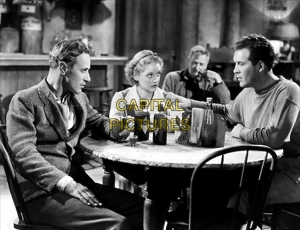 (L to R) Leslie Howard, Bette Davis, Charley Grapewin, Dick Foran.in The Petrified Forest.*Filmstill - Editorial Use Only*.CAP/PLF.Supplied by Capital Pictures.