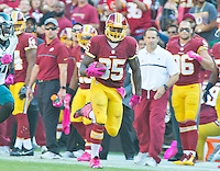 Washington Redskins tight end Vernon Davis (85) carries for a long gain following a reception in the fourth quarter against the Philadelphia Eagles at FedEx Field in Landover, Maryland on Sunday, October 16, 2016.<br /> The Redskins won the game 27 - 20.<br /> Credit: Ron Sachs / CNP /MediaPunch