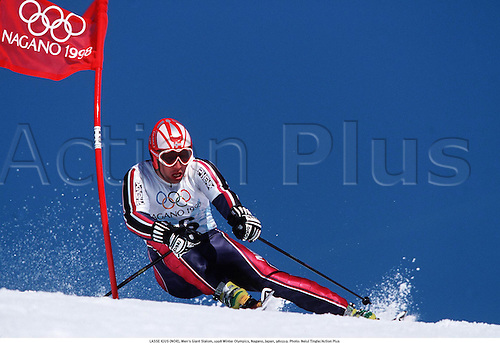 LASSE KJUS (NOR), Men's Giant Slalom, 1998 Winter Olympics, Nagano, Japan, 980219. Photo: Neiul Tingle/Action Plus...1998.olympic games.skiing.winter sport.winter sports.wintersport.wintersports.alpine.ski.skier.man
