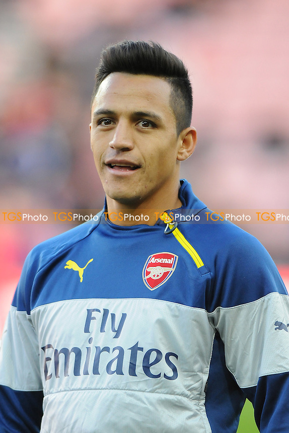 Alexis Sánchez of Arsenal during the warm up - Sunderland AFC vs Arsenal - Barclays Premier League Football at the Stadium of Light, Sunderland - 25/10/14 - MANDATORY CREDIT: Steven White/TGSPHOTO - Self billing applies where appropriate - contact@tgsphoto.co.uk - NO UNPAID USE