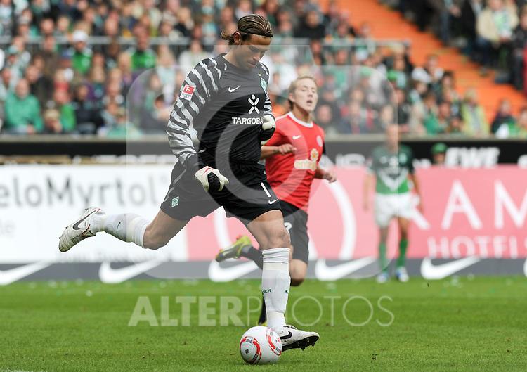 18.09.2010, Weserstadion, Bremen, GER, 1. FBL, Werder Bremen vs 1. FSV Mainz 05, im Bild Tim Wiese (Bremen #1)   Foto © nph / Frisch