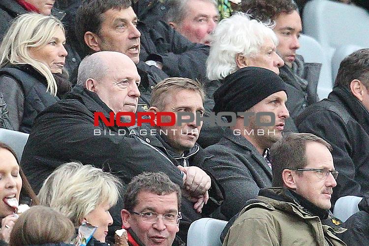 04.11.2012, BayArena, Leverkusen, GER, 1. FBL, Bayer 04 Leverkusen vs Fortuna D&uuml;sseldorf, im Bild<br /> Rainer Calmund (li.)<br /> <br /> Foto &copy; nph / Mueller *** Local Caption ***