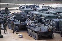 - US Marines LAV 25 armored cars during operations in Bosnia-Herzegovina....- US Marines, autoblindo LAV 25 durante operazioni in Bosnia-Herzegovina