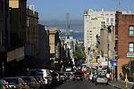 BUSY SAN FRANCISCO STREET