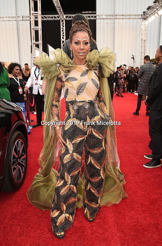 SANTA MONICA - JUNE 1: Holly Robinson Peete attends the 3rd Annual Wearable Art Gala at Barker Hangar on June 1, 2019 in Santa Monica, California. (Photo by Frank Micelotta/PictureGroup)