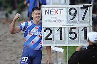NK Fierljeppen Linschoten 270811.Bart Helmholt.©foto Martin de Jong
