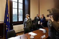 Milano: il Ministro Annamaria Cancellieri arriva in prefettura a Milano per la firma protocollo legalità per gli appalti EXPO.