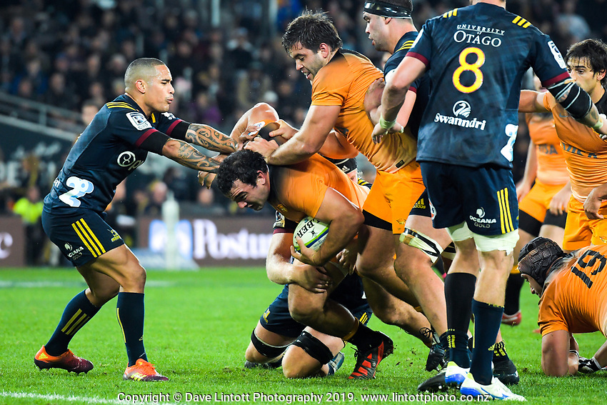 Agustin Creevy takes the ball up during the Super Rugby match between the Highlanders and Jaguares at Forsyth Barr Stadium in Dunedin, New Zealand on Saturday, 11 May 2019. Photo: Dave Lintott / lintottphoto.co.nz