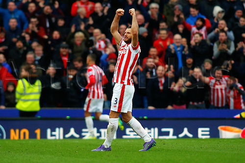 27.02.2016. Britannia Stadium, Stoke, England. Barclays Premier League. Stoke City versus Aston Villa. Erik Pieters of Stoke City celebrates the goal from Marko Arnautovic