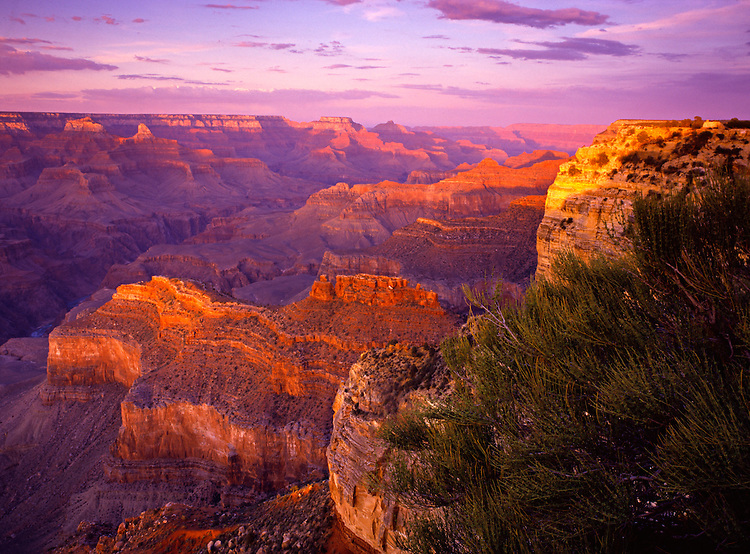 Sunset at Hopi Point with views of Powell Point, the Battleship, and the Colorado River at the Grand Canyon
