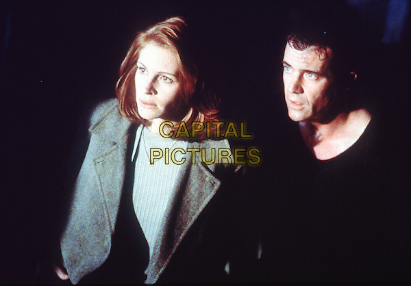 JULIET ROBERTS & MEL GIBSON.in Conspiracy Theory .*Filmstill - Editorial Use Only*.CAP/NFS.Supplied by Capital Pictures.