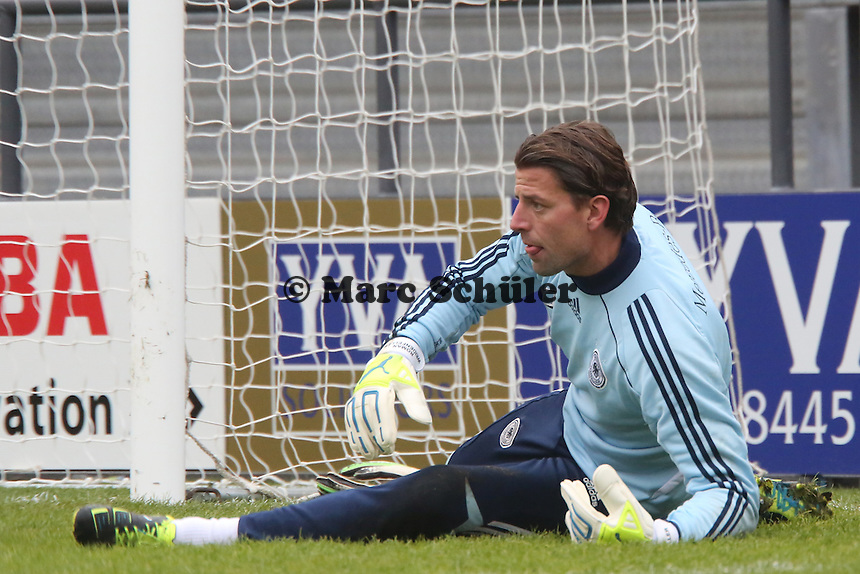 "Roman Weidenfeller (D) - Training der Nationalmannschaft in ""The Hive"" vom Barnet FC"