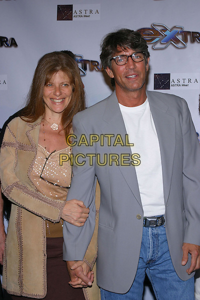 "Eric Roberts and Eliza Roberts.""Extra"" 11th Season Party held at the Lounge, Hollywood, California, USA, 7th October 2004 .half length .Ref: ADM.www.capitalpictures.com.sales@capitalpictures.com.©JW/AdMedia/Capital Pictures ."