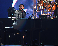 SUNRISE FL - AUGUST 10: Lionel Richie performs at The BB&T Center on August 10, 2017 in Sunrise, Florida. Credit: mpi04/MediaPunch